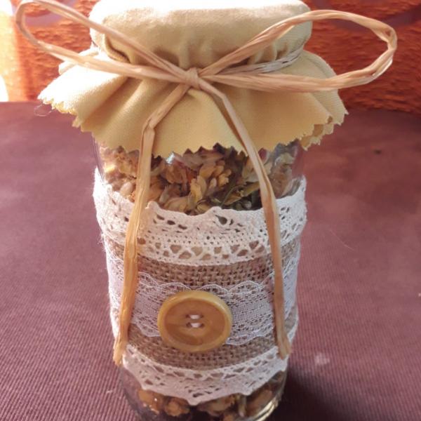 Frasco de vidro com folhas de carqueja - 5€